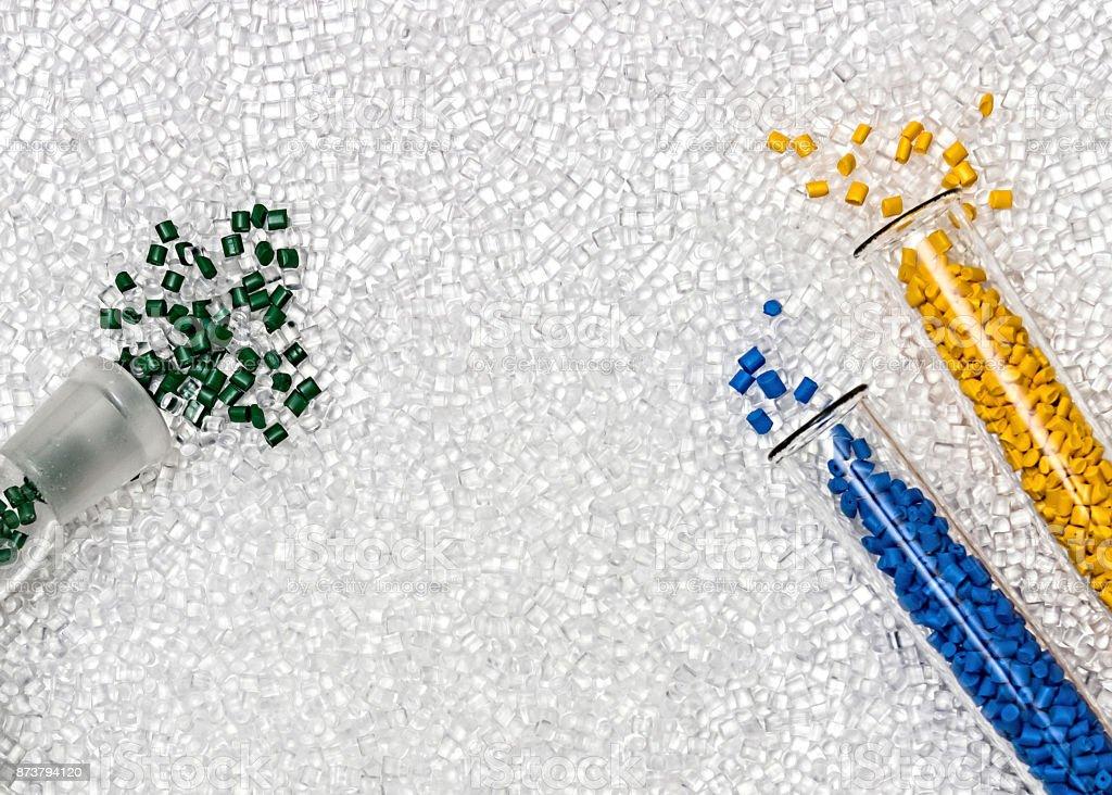 Fotografía de Gránulos Poliméricos Pellets De Plástico Colorantes ...