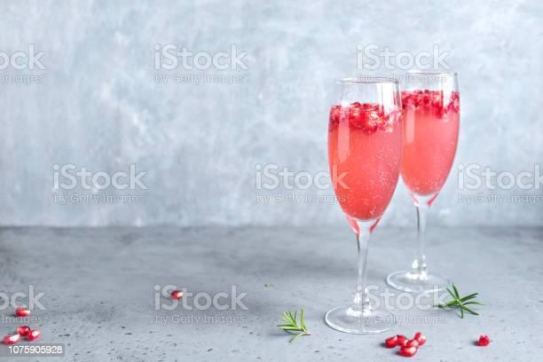 Pomegranate mimosa cocktail picture id1075905928?b=1&k=6&m=1075905928&s=612x612&h=0qr6o4vdkw udzjf61xii hfwbumlrs65tbj807aflm=