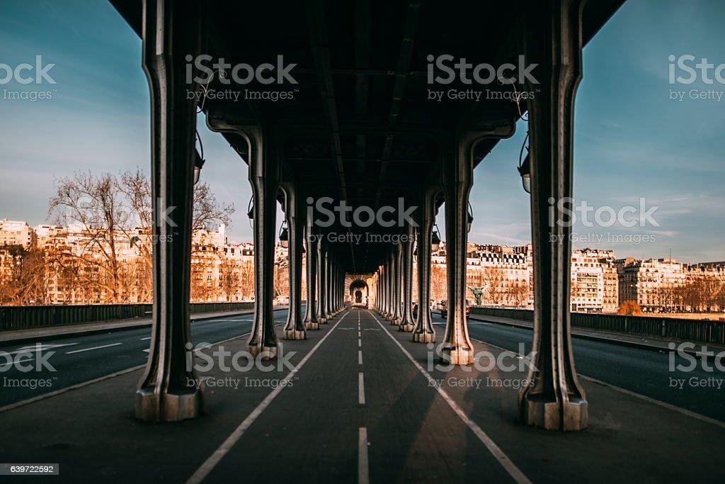 Pont de Bir Hakeim, Paris - Photo