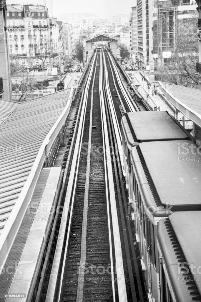 pont de bir-hakeim métro pont, Paris, France - Photo