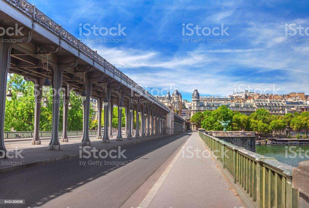 Pont de Bir-Hakeim - Photo