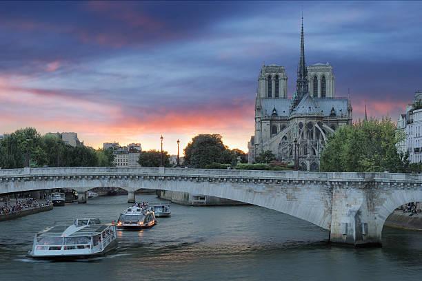 Pont de la Tournelle. – Foto