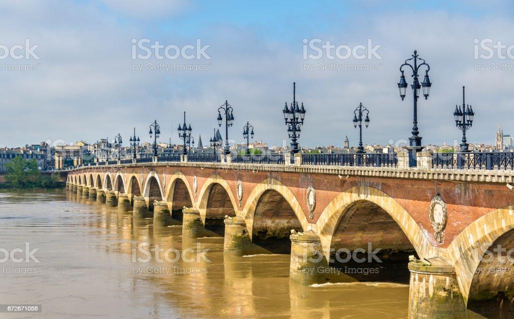 Pont de pierre, an old bridge in Bordeaux, France - Photo