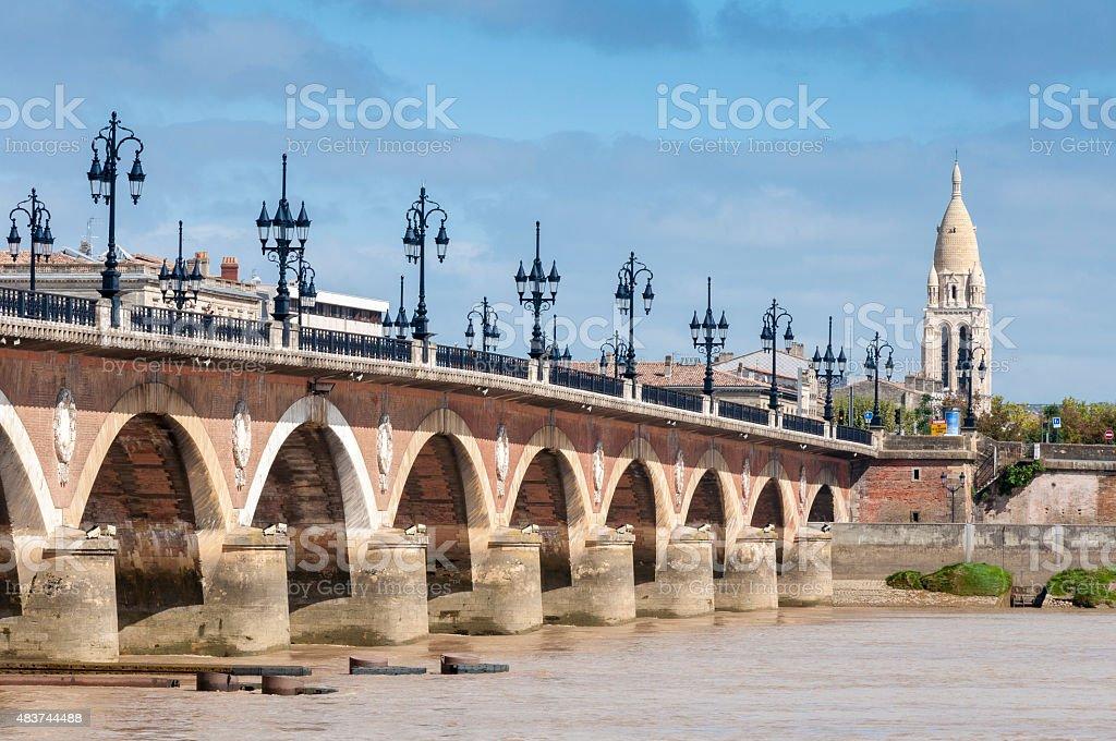 Pont-De-Pierre Pont dans la Garonne, Bordeaux (France - Photo