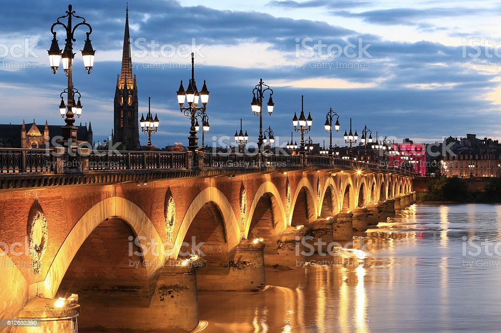 pont de pierre bridge bordeaux stock photo more pictures of aquitaine istock. Black Bedroom Furniture Sets. Home Design Ideas