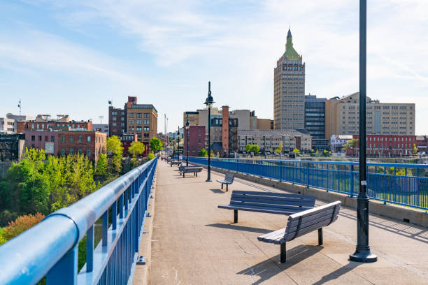 pont de rennes pedestrian bridge in rochester, new york - rochester ny skyline stock photos and pictures