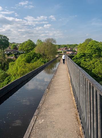 Pontcysyllte Aquaduct In De Buurt Van Folkestone In Wales In Het Voorjaar Stockfoto en meer beelden van Aquaduct