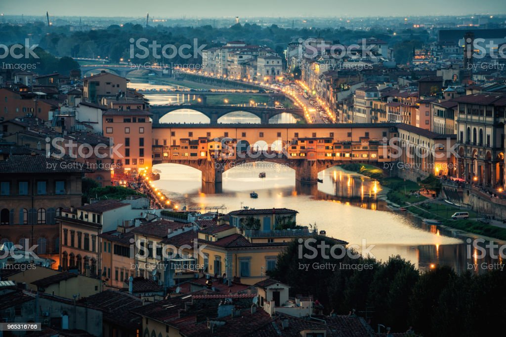 Ponte Vecchio Bridge in Florence - Italy - Zbiór zdjęć royalty-free (Architektura)
