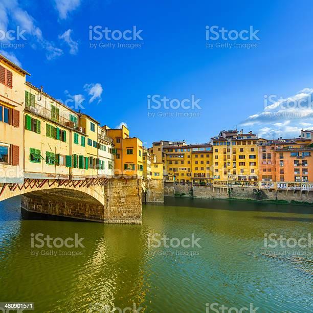 Ponte vecchio old bridge arno river in florence tuscany italy picture id460901571?b=1&k=6&m=460901571&s=612x612&h=h6rcifs9mmvzq32edboqjxqdx3seb9p1itrwgk stgq=