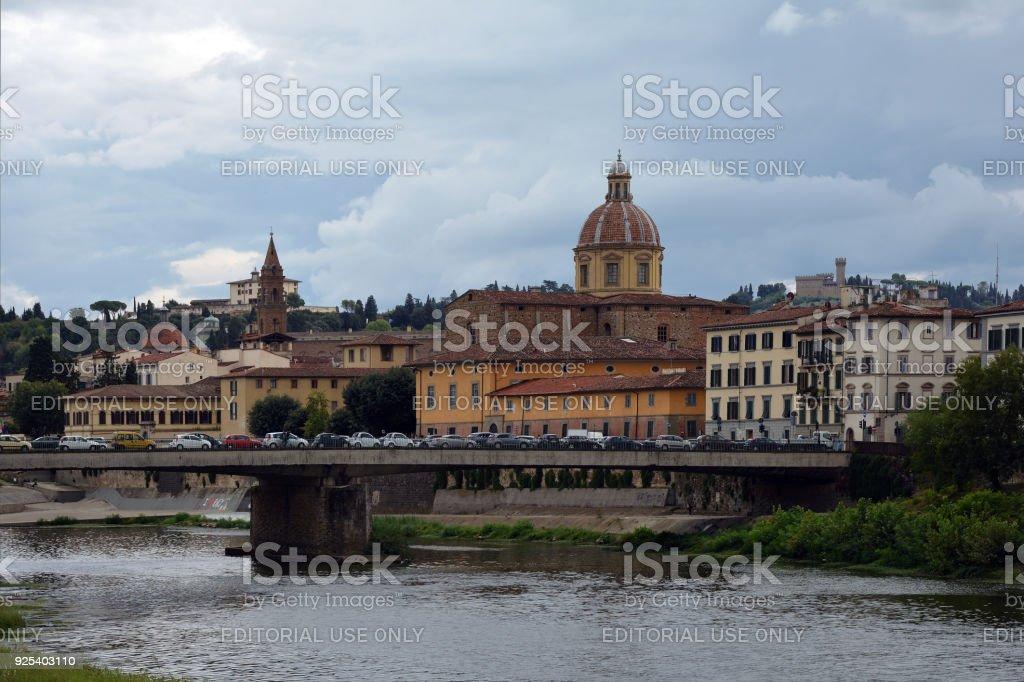 Ponte Vespucci bridge in Florence - Italy. - foto stock