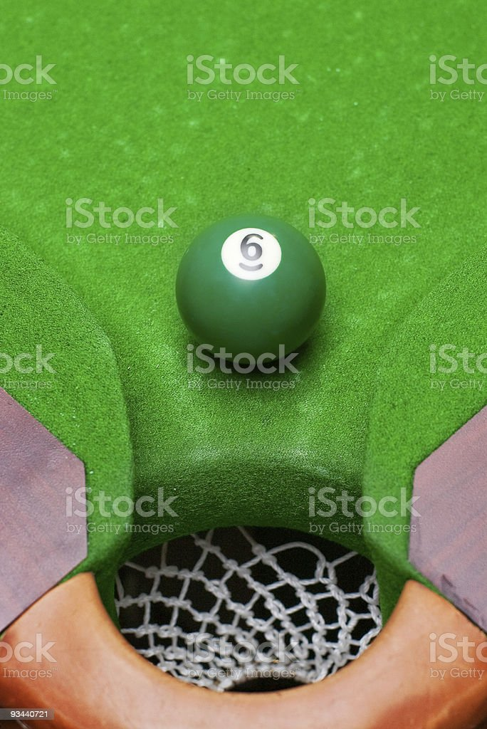 pool ball nahe corner pocket Lizenzfreies stock-foto