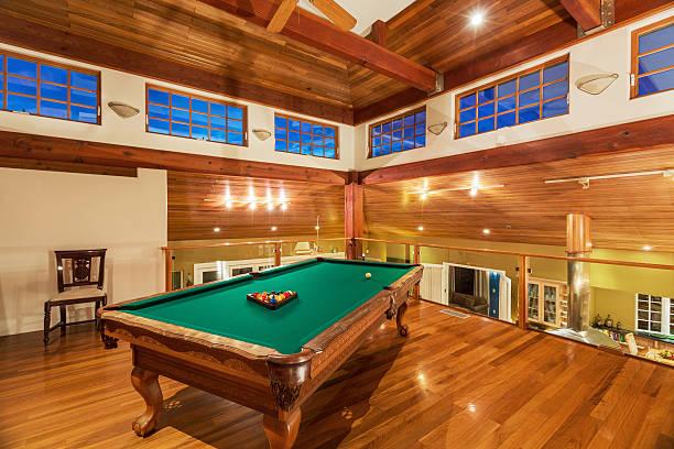 Pool-Tisch in der Luxus, sich wie zu Hause – Foto