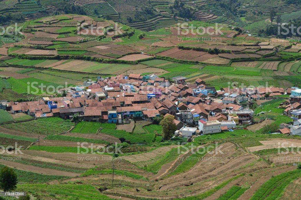 Poombarai Village Y La Agricultura En Terrazas En Kodaikanal Foto De Stock Y Más Banco De Imágenes De Agricultura