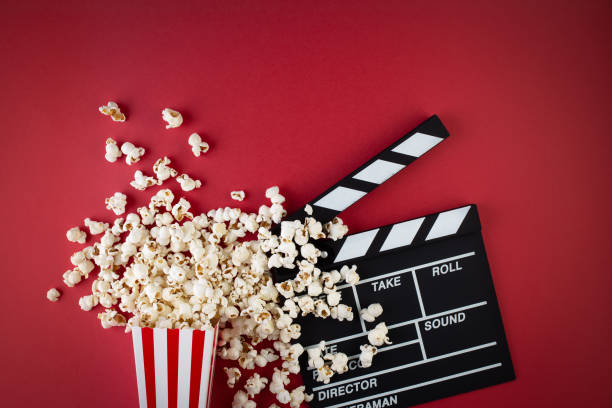 pop-corn et clapperboard - film photos et images de collection