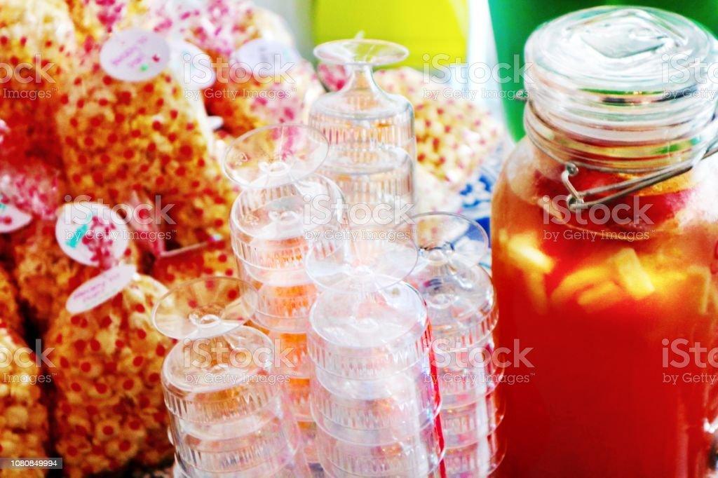 Maïs soufflé et boisson - Photo