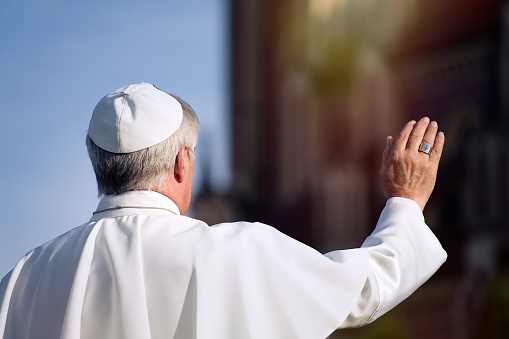 Pope greets the pilgrims during his weekly general audience