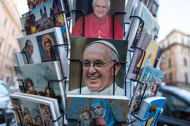 pope postcards in rome - pope francis stok fotoğraflar ve resimler