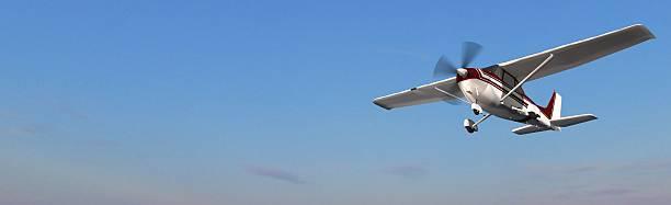 popular propeller light aircraft flight in the panorama sky – Foto