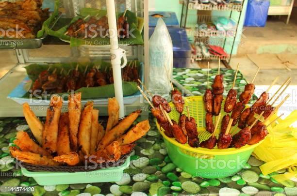 Popular street desserts in the philippines picture id1144574420?b=1&k=6&m=1144574420&s=612x612&h=fu6untkmtouu9zpo237zmcx3wqvsqjkiw2lnmbwx6eg=