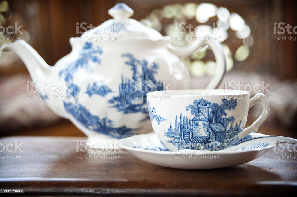 Porzellan-Teekanne – Foto