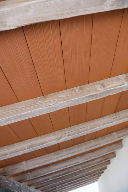 porch ceiling - veranda decke stock-fotos und bilder