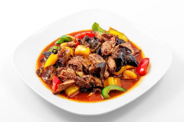 Sauce de porc, Sichuan, poivre, ail, champignons de bois chinois - Photo