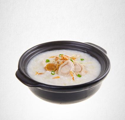 istock porridge on a background 962055738