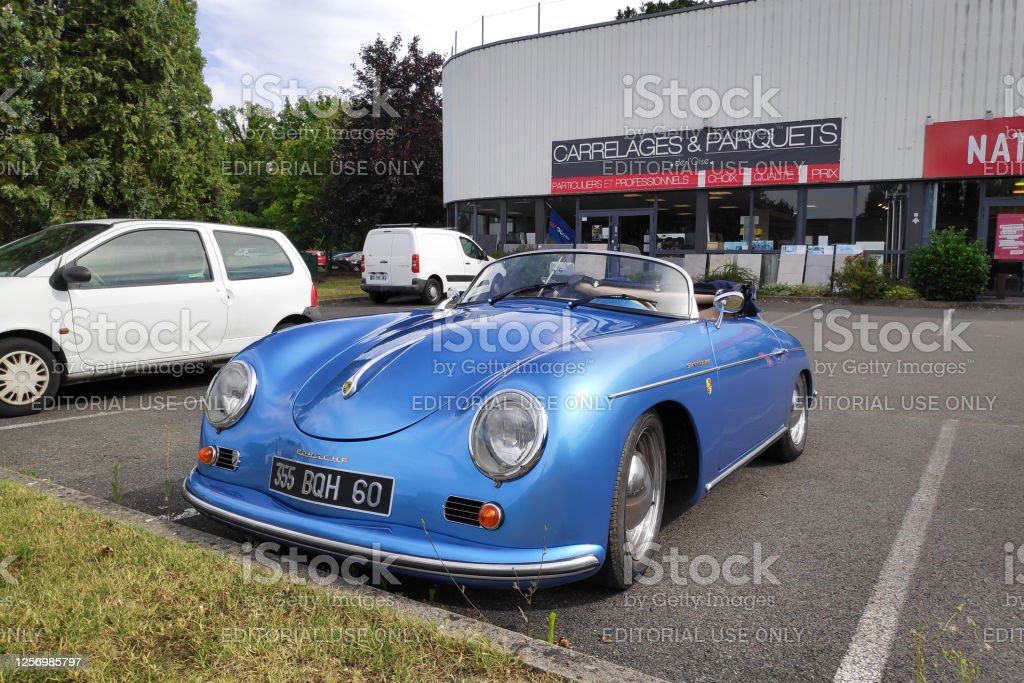 Porsche 356 Speedster Lamorlaye, France - July 18 2020: Porsche 356 Speedster - A 1600S parked outside a store. Car Stock Photo