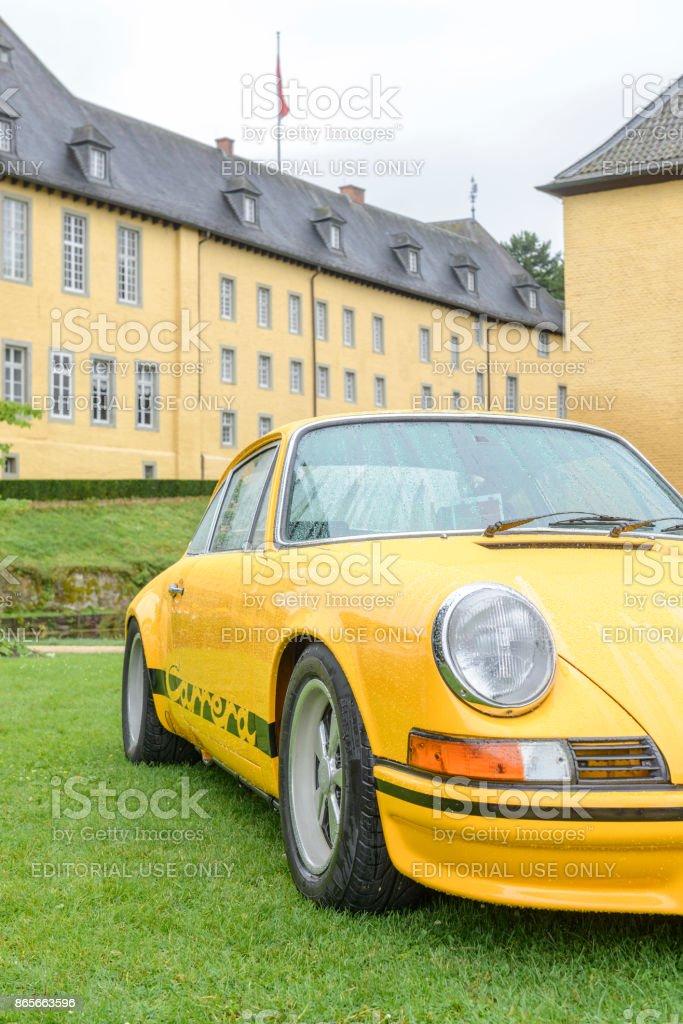 Foto De Porsche 911 Carrera Rs 27 Classico 1970 Carro Esporte E Mais Fotos De Stock De 1970 1979 Istock