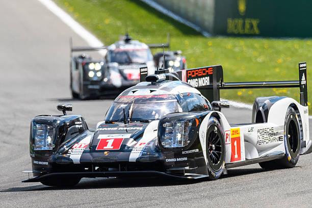 Voitures de course Porsche 919 hybride Francorcahmps au Spa - Photo