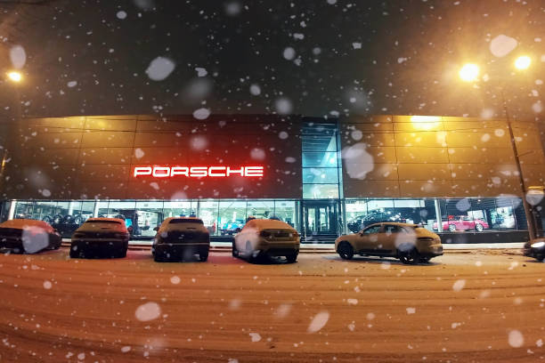 Porsche center car dealership view from the street heavy snowfall picture id1139649088?b=1&k=6&m=1139649088&s=612x612&w=0&h=jpwygme3a0ah u5f2celoapodjupr 5vhfoqmyixlgo=