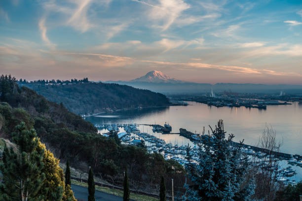 Port At Sunset 7 A view of the Port of Tacoma and Mount Rainier at sunset. pierce county washington state stock pictures, royalty-free photos & images