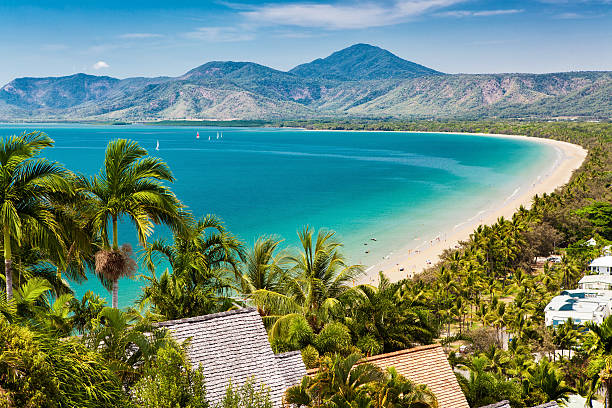 port douglas beach and ocean on sunny day, queensland - australia bildbanksfoton och bilder