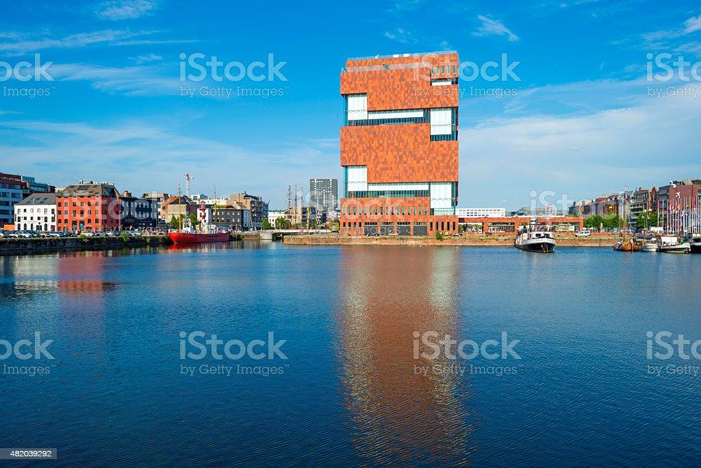 Port d'Anvers par la lumière du soleil en été - Photo