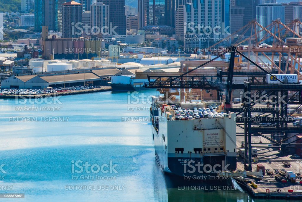 Port Of Honolulu >> Port Of Honolulu Stock Photo More Pictures Of Bay Of Water Istock