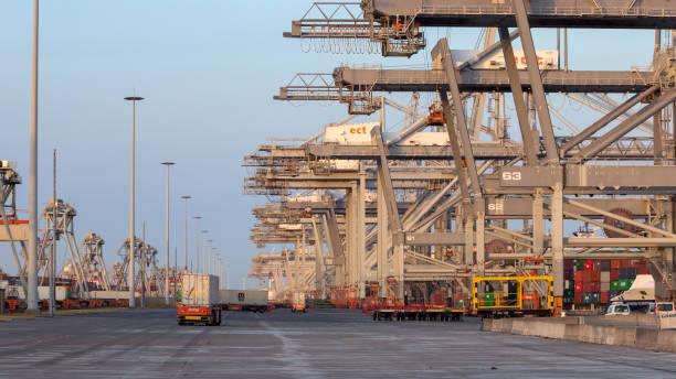 Hafen von Rotterdam Containerterminal Versand – Foto