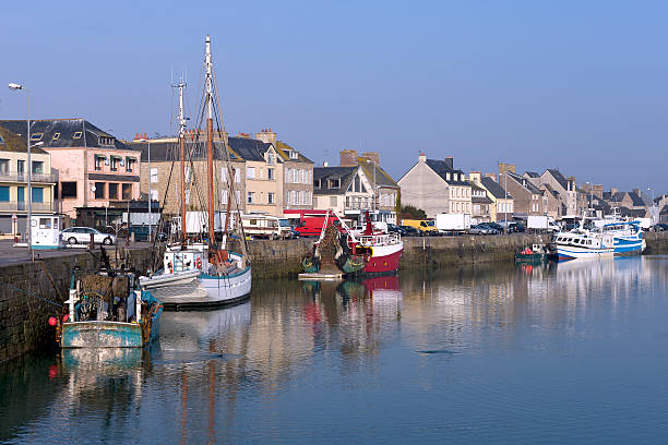 Port of Saint-Vaast-la-Hougue in France Fishing boat in the port of Saint-Vaast-la-Hougue, a commune in the peninsula of Cotentin in the Manche department in Lower Normandy in north-western France cherbourg stock pictures, royalty-free photos & images