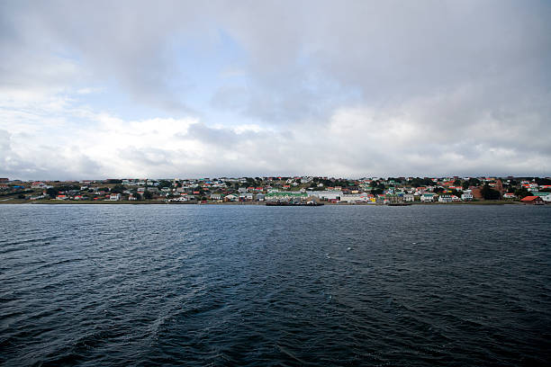 port stanley falkland islands - port stanley falkland islands stockfoto's en -beelden
