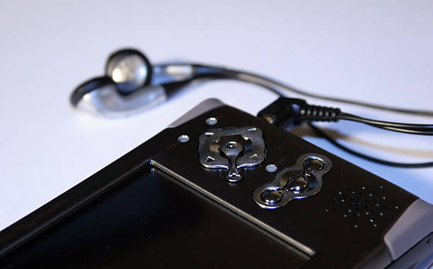 grabador de vídeo portátil - mp4 fotografías e imágenes de stock
