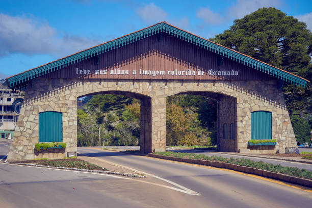 Portico de Pedra der Stadt Gramado – Foto