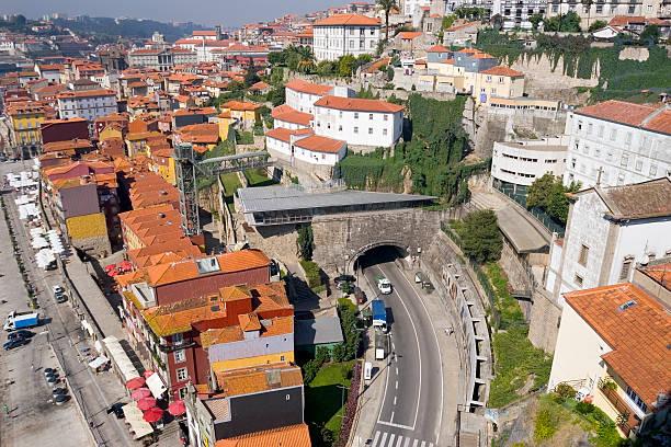 porto, portugal - tunnelkamin stock-fotos und bilder