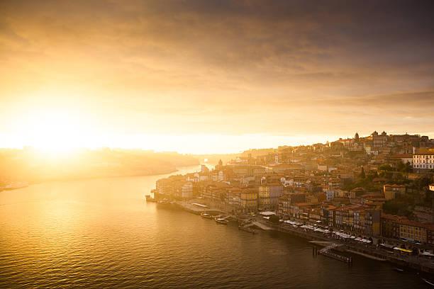 porto ao pôr do sol, portugal - esplanada portugal imagens e fotografias de stock