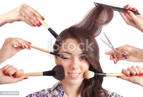 625205382 istock photo Portrait beautiful girl with make-up brushes and other tools 531388593