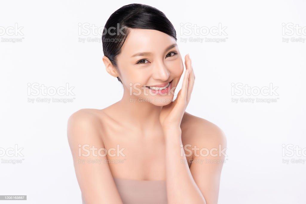 Junge asiatische Mädchen nackt