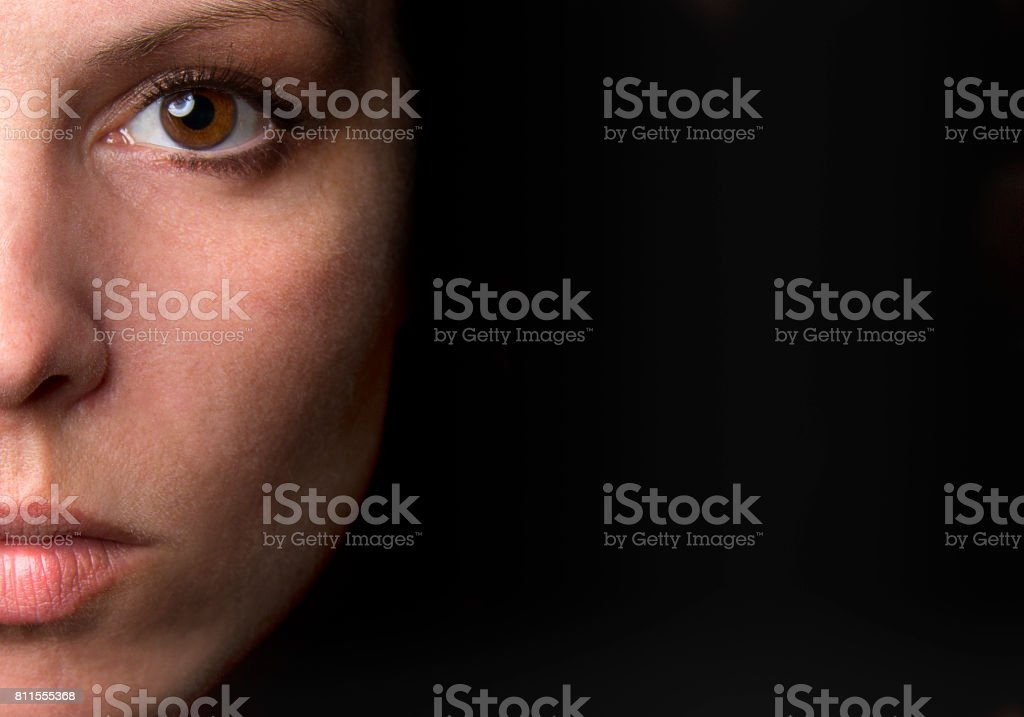 Porträt einer jungen Frau – Foto