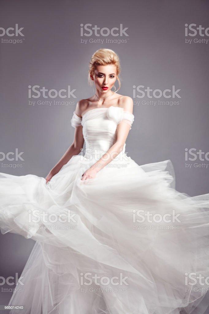 En Vogue Wedding Dress