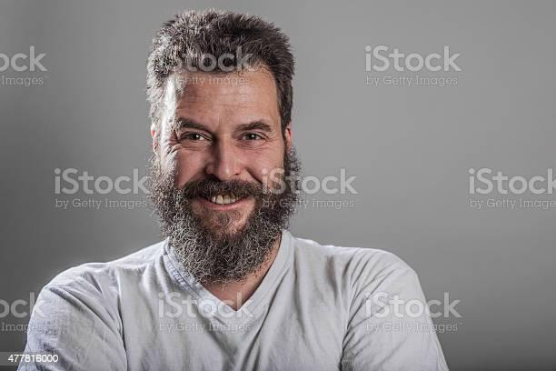 Portrait Man With Full Beard Smiling Stockfoto Und Mehr Bilder Von 2015 Istock