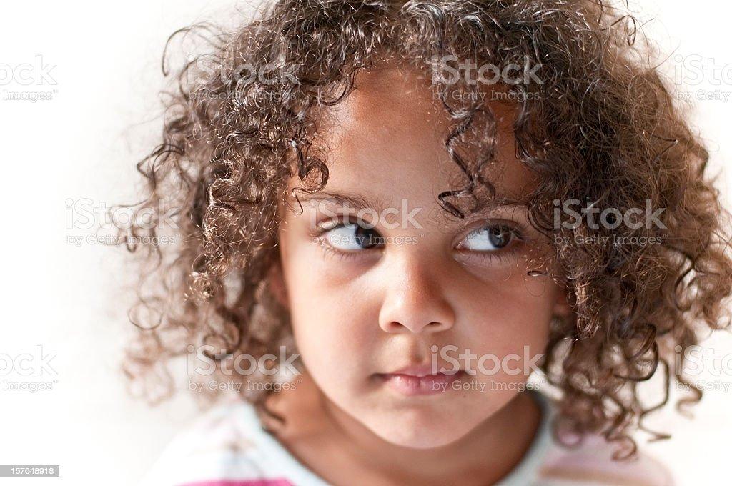portrait de 4 ans petite fille avec une coiffure afro photos et plus d 39 images de 2 3 ans istock. Black Bedroom Furniture Sets. Home Design Ideas