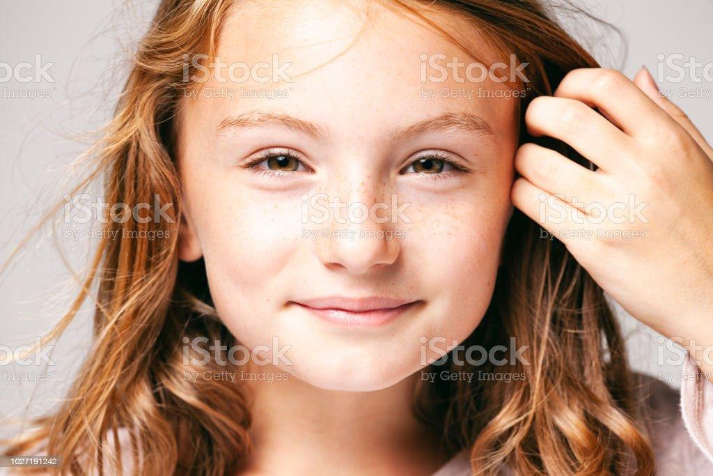 Porträt Von Einem Hübschen Mädchen 10 Jahre Alt Kind Teenager
