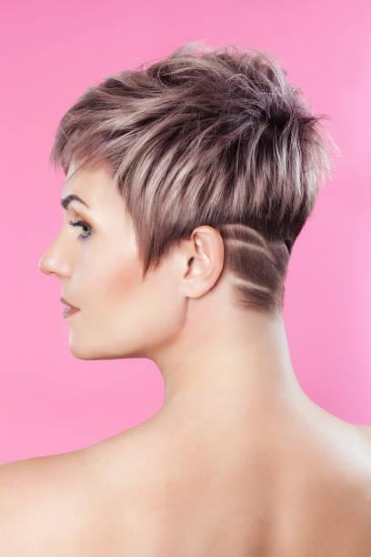 kurze haare mit dauerwelle